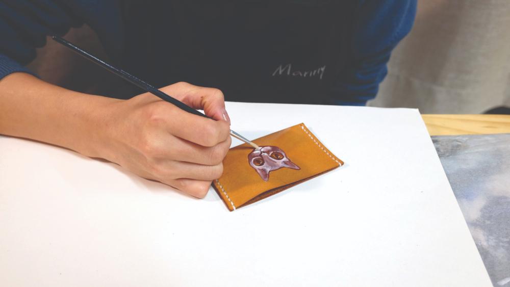 皮革×繪畫︰為質感皮革小物加入個人筆觸,幸福感加倍! - DESIGN - K11